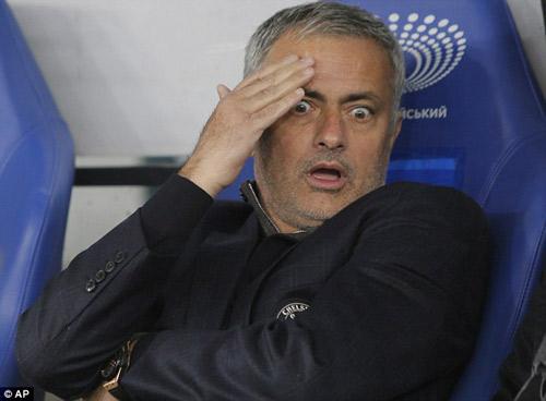 """Mourinho như thể đang cầu xin để không bị """"bay ghế"""" - 3"""