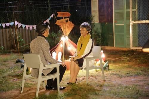 5 - Vợ chồng Phan Đinh Tùng già nua trong MV