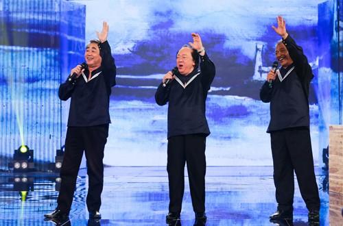 512b0378d6 500x330 - NSND Trần Hiếu, Trung Kiên, Quang Thọ cùng hát nhạc Nga