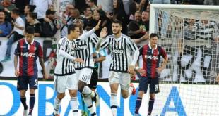 ff3af5eaf4 310x165 - Juventus thắng trở lại, Milan thảm bại trước Napoli
