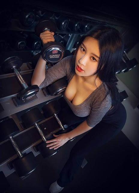 20150317-hot-girl-dh-bac-kinh-khoe-anh-tap-the-hinh-dep-hut-hon-7