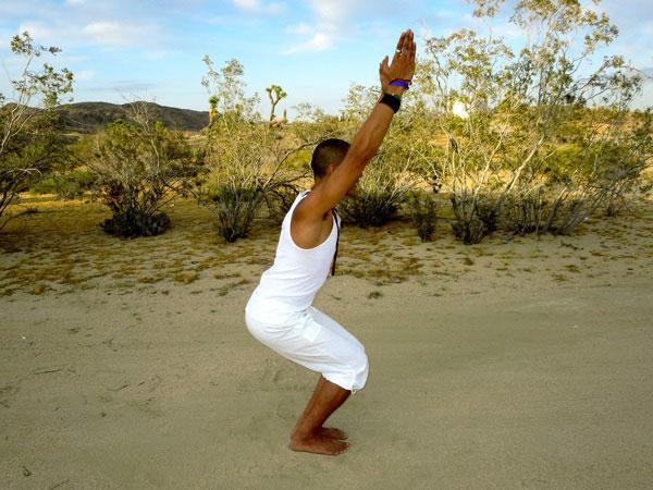 tu-the-yoga-ghe-ngoi