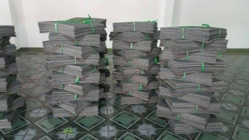 14 3 - thảm gạch thanh lý 2016 >Giá : 90 VND